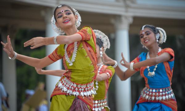 Dance India Woman